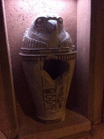 Plymouth Meeting, PA: A canopic jar that adventurers must investigate