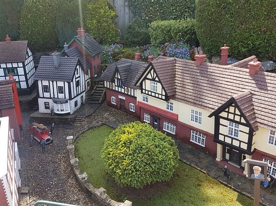 Bekonscot Model Village: 20180422_112729_large.jpg
