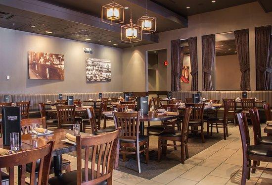 Hackettstown, NJ: Dining Room