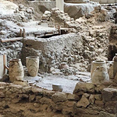 Akrotiri Archaeological Site: photo1.jpg