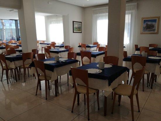 Hotel Astra: IMG_20180402_095423_large.jpg