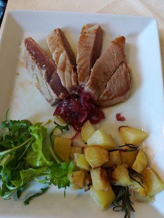 San Paolo Solbrito, İtalya: Un secondo piatto di pesce