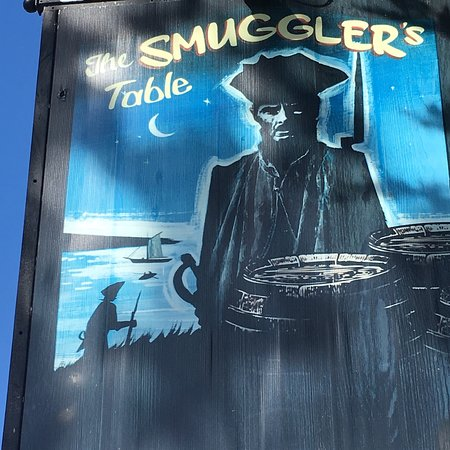 The Smugglers Table Foto