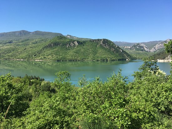 Бомба, Италия: Lago di Bomba