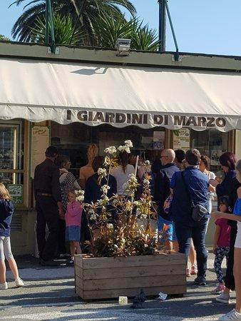 Ristorante i giardini di marzo in none con cucina italiana for I giardini di marzo