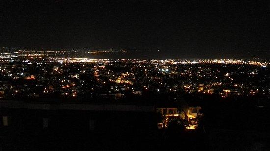 46fb59fe3e3 Θεσσαλονίκη by night - Εικόνα του Villa Luna, Θεσσαλονίκη - TripAdvisor
