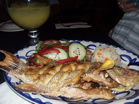 Tropical Playa del Carmen: Whole cooked fish, deee-lish!