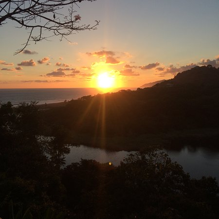 Finca Exotica Ecolodge : A sunset on the beach - paradise :)