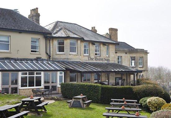 Cleeve Hill, UK: Exterior