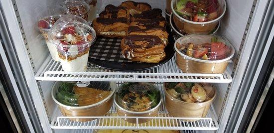 Maitland, Australia: Alina's home-made everything and 'meals to go'