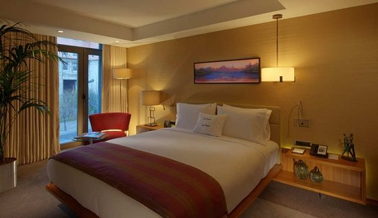 DoubleTree by Hilton Istanbul - Old Town: Suite