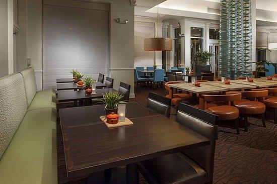 Hilton Garden Inn - Orlando North/Lake Mary: Restaurant