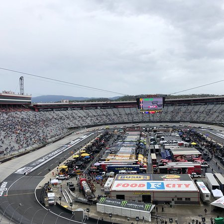 Bristol motor speedway 2018 all you need to know before for Bristol motor speedway tours
