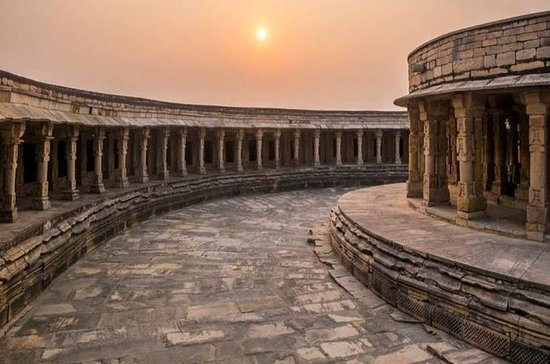 Full Day Tour of Ancient Temples of ...