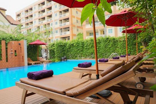 Golden Sea Pattaya Hotel Reviews