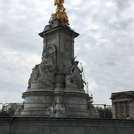 Queen Victoria Memorial: photo1.jpg