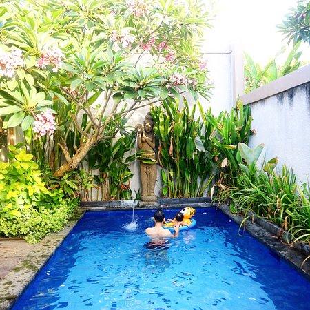 A very cheap private pool villa
