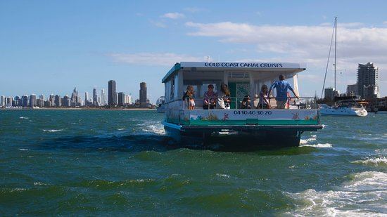 Main Beach, Avustralya: fun and affordable cruising on the pristine Broadwater Gold Coast