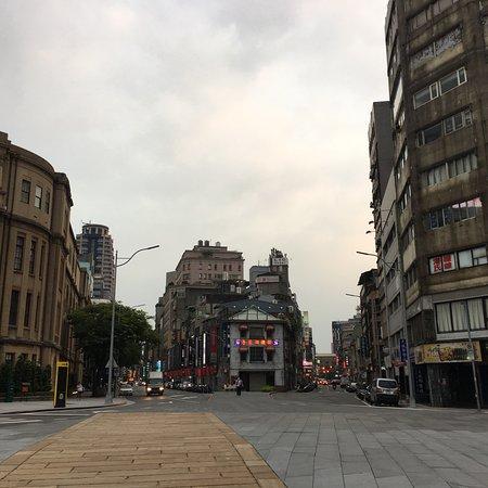 Camera Street: photo0.jpg