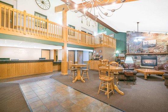 Baymont by Wyndham Kasson Rochester Area: Lobby