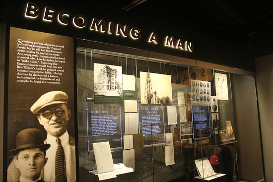 Independence, MO: Harry S. Truman Library and Museum