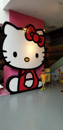 Sanrio Hello Kitty Town : 20180404_143453_large.jpg
