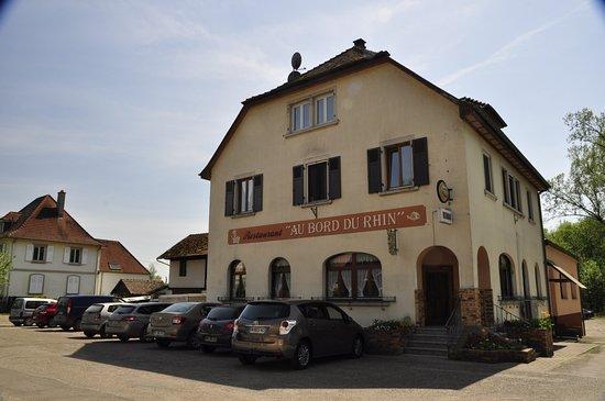 Gerstheim, ฝรั่งเศส: Ein schöner Gasthof in traumhafter Lage mit gastunfreundlichem Personal