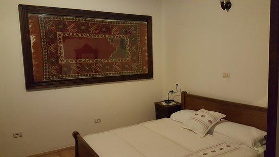 Hotel Tradita Geg & Tosk : Szoba