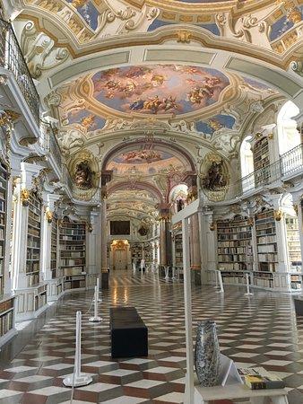Admont, Österreich: Barocke Stiftsbibliothek