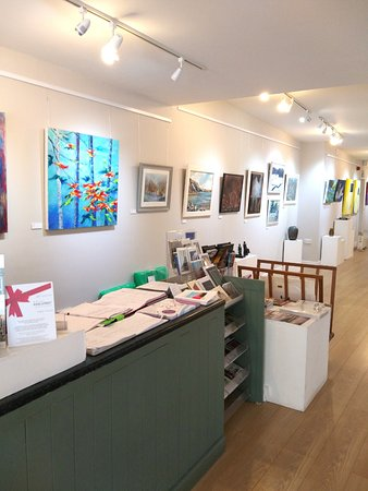Carmarthen, UK: Reception and part of the gallery