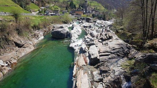 Lavertezzo, สวิตเซอร์แลนด์: 20180418_125137_large.jpg