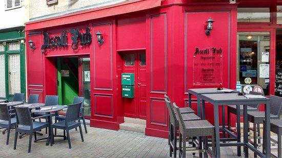 Ascott Pub