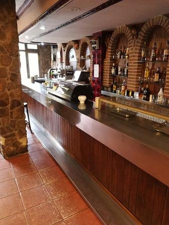 Montejo de la Sierra, İspanya: Salon del restaurante