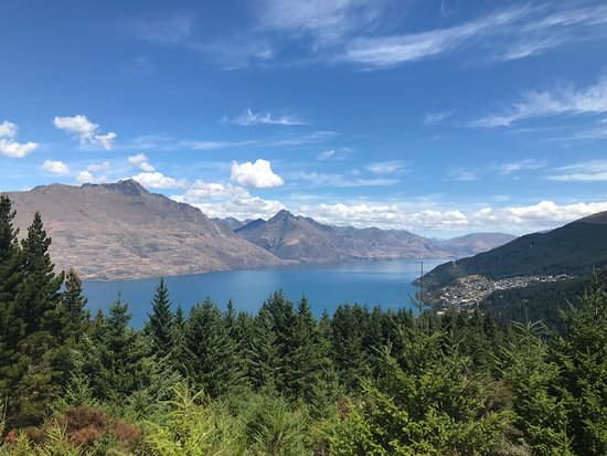 Lake Hawea, New Zealand: View from Queenstown Hill