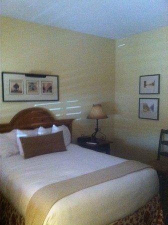 Old Santa Fe Inn: Standard queen room