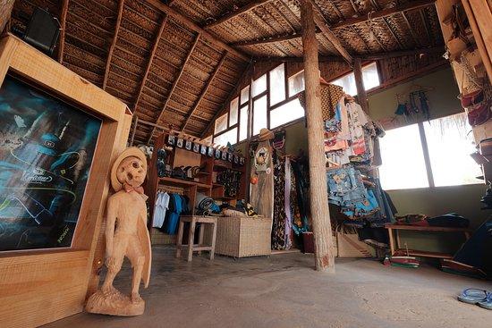Tofo, Mozambik: Shop