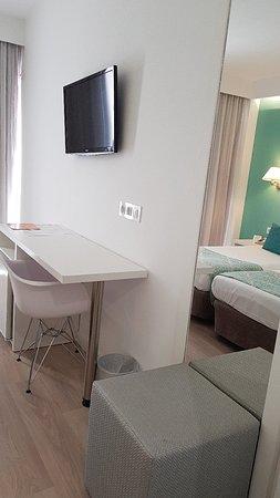 BQ Apolo Hotel: 20180423_145828_large.jpg