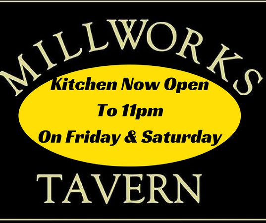 West Warwick, RI: Kitchen open to 11pm on Friday and Saturday