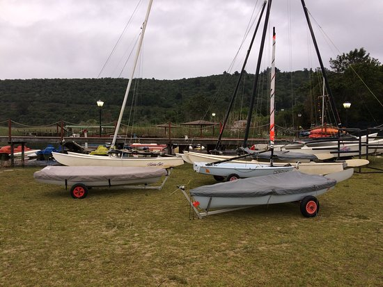Pine Lake Marina: all packed up after a days sailing