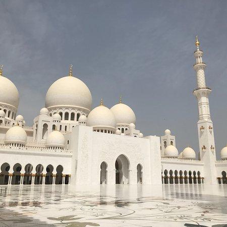 Big Bus Tours Abu Dhabi: photo1.jpg