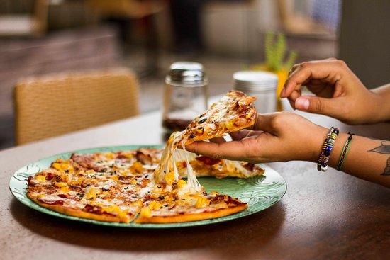 Rooftop La Cúpula: Deliciosas pizzas de la casa