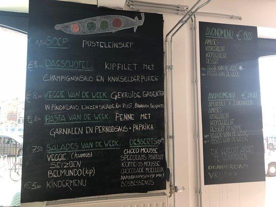 Saint-Jans-Molenbeek, Belçika: menu di aprile