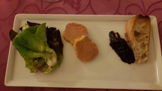 Nivillac, Francia: entrée au foie gras
