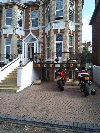 Rowcroft Lodge Photo