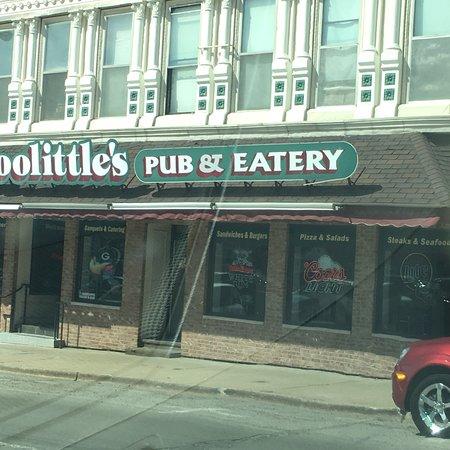 Lancaster, WI : Doolittes Pub& Eatery