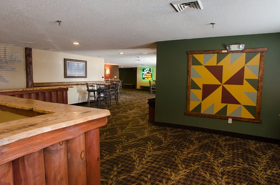 Johnston, IA: Conference Center Gathering Space