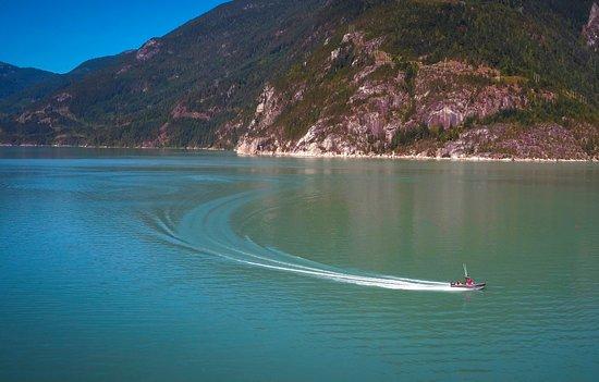 Garden Bay, Kanada: Boat Tours
