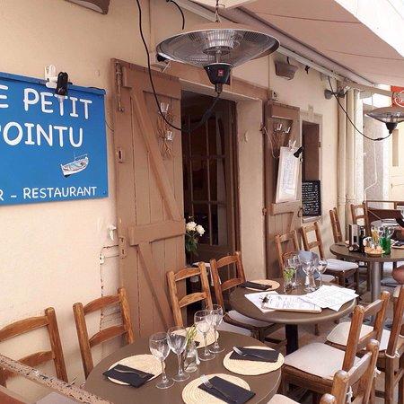 Le petit pointu bar restaurant saint tropez omd men om for Restaurant le pointu toulon