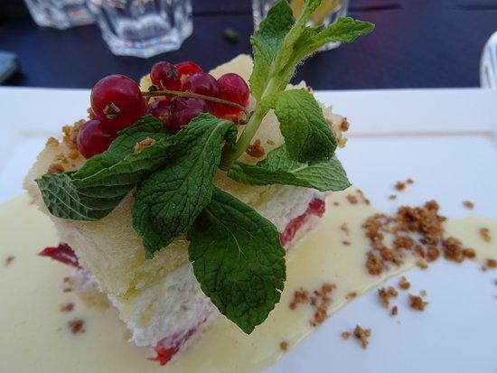 Maintenon, France : fraisier