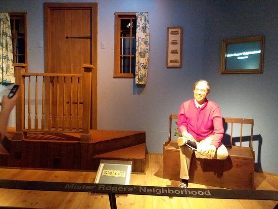 Senator John Heinz History Center : Part of Mr. Rogers exhibit